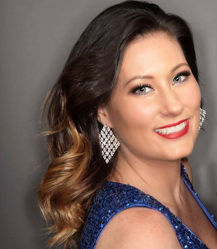 Danielle Sharp - Female Vocalist