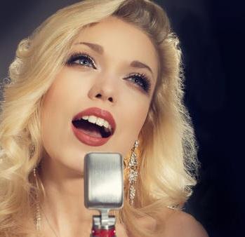 Gemma-Louise-Doyle-Female-Vocalist