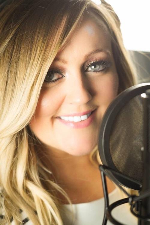 Laura-Mac-Female-l1-Vocalist