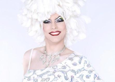 Drag Queen - Angel Delight