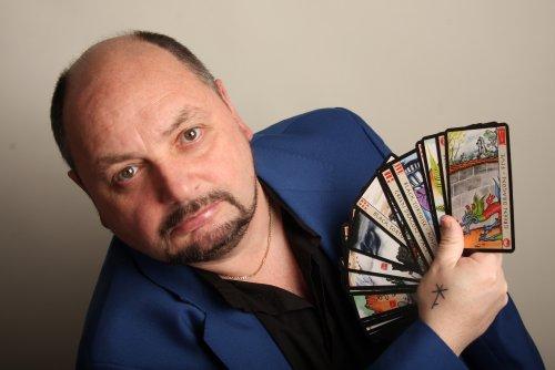 Gary Dakin - Psychic - Claivoyant - Tarot