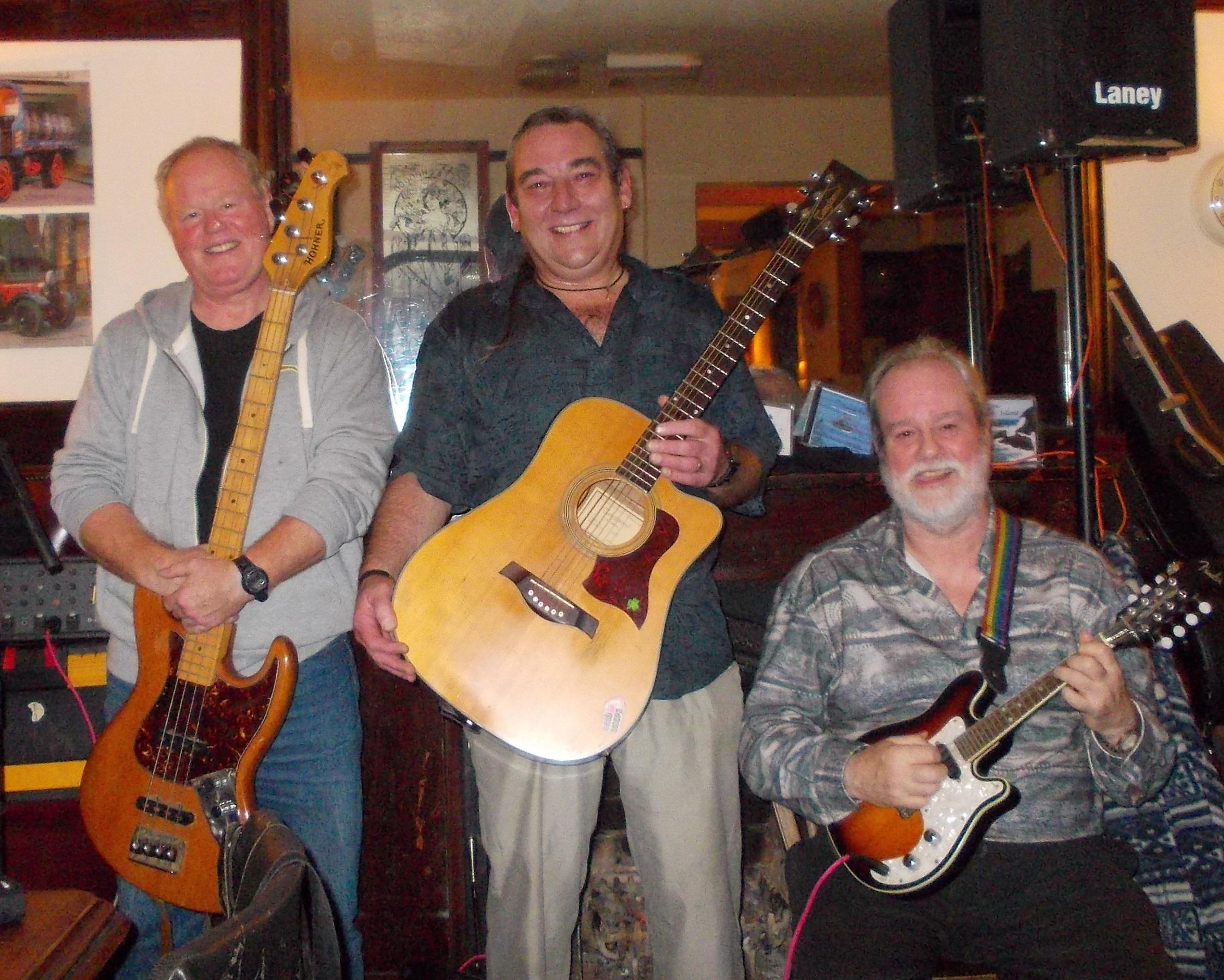 Ged Kelly & The Paddywackers - Irish Singer & Band