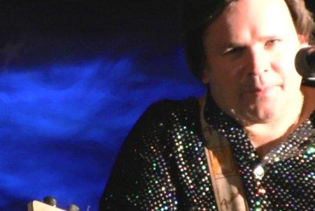 Neil Diamond Tribute Act - Andy Stine