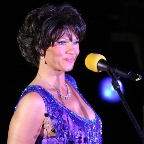 Shirley Bassey Tribute Act - Melissa - Diamonds Are Forever