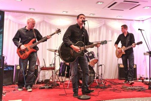 Breaker Band - Live Music