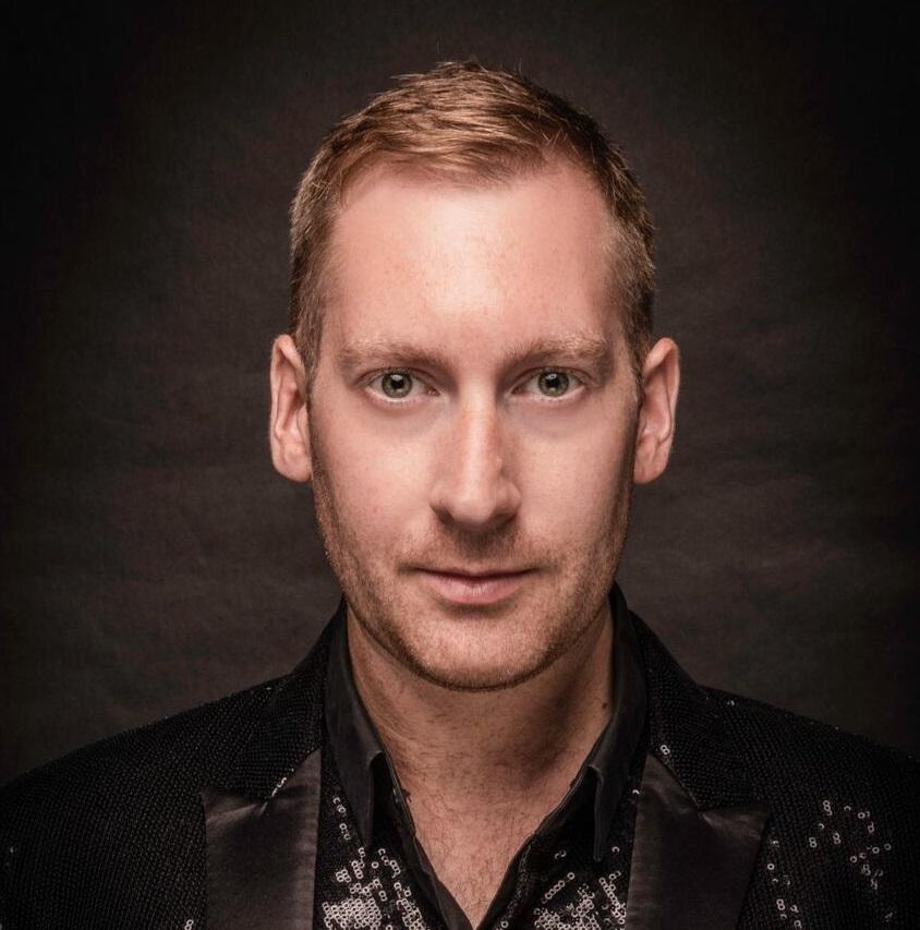 Daniel Winters - Male Vocalist