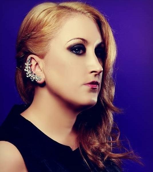 Kelly Clarkson Tribute Act - Lareena