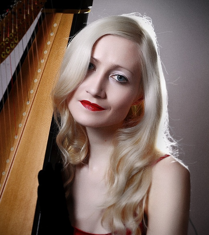 Karen Parker - Harpist