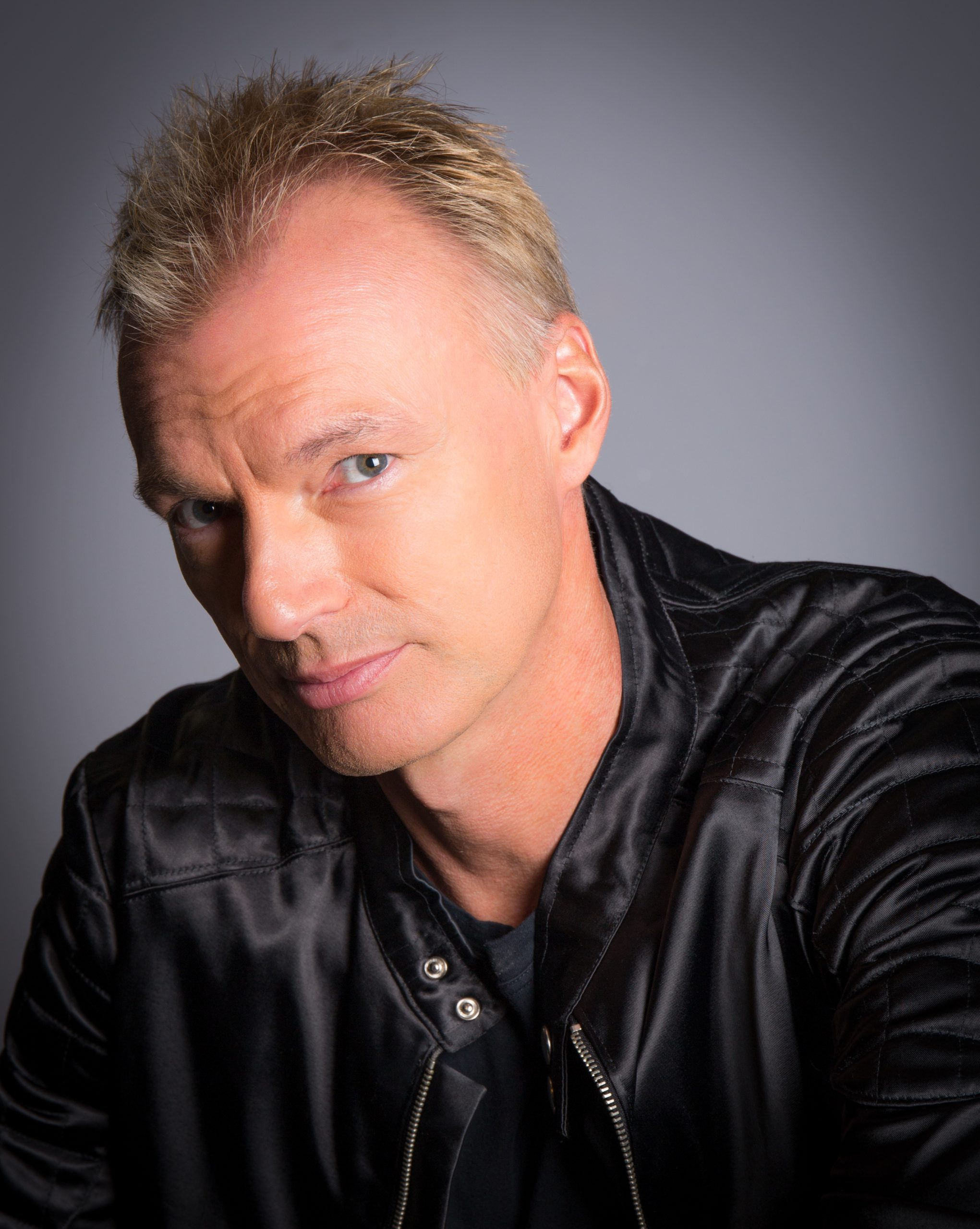 Sting & Police Tribute Act - Andy K